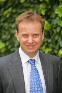 Simon Holt